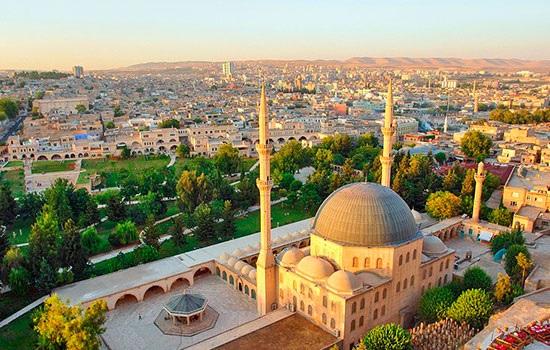 Музей истории пророков строится для паломников и туристов в древней провинции Шанлиурфа в Турции