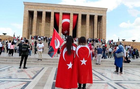 Турция отпраздновала День Ататюрка, молодежи и спорта