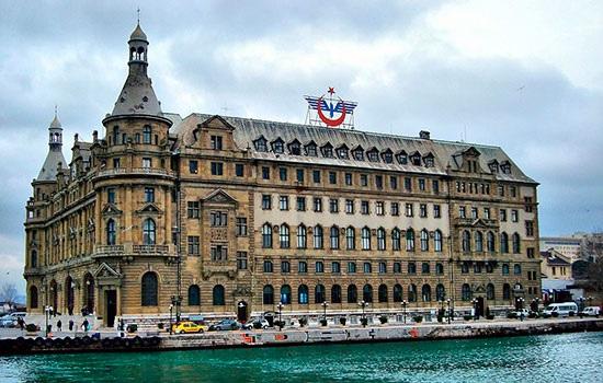 Самые впечатляющие здания в Стамбуле
