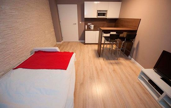 Чем посуточная аренда квартиры лучше номера в гостинице?