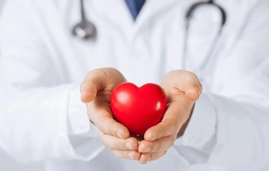 Исследования указывают, что вероятность смертности у женщин от сердечного приступа увеличивается, если врач — мужчина