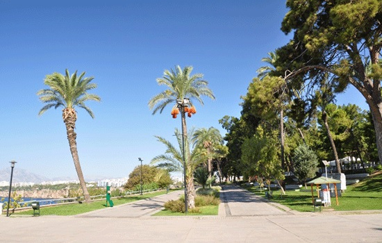 Парк Караалиоглу в Анталии — идеально место отдыха от шума и суеты