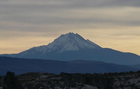 Гора Хасан - идеальное место для парапланеризма в Центральной Анатолии