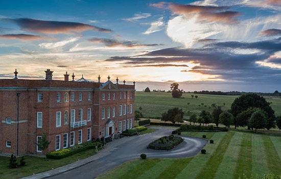 Отель Four Seasons Hotel Hampshire недалеко от Лондона запускает семейный приключенческий комплекс