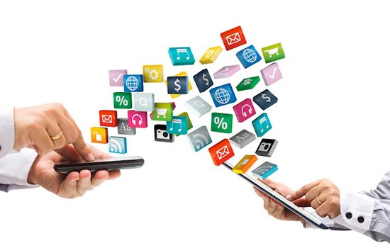 Каковы преимущества мобильного приложения перед сайтом на ПК для выбора жилья?