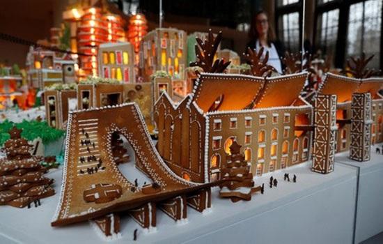 Архитекторы построили съедобный пряничный город будущего в Лондоне