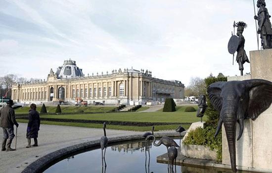 Скандально известный в Бельгии Музей Африки вновь открылся после реконструкции на фоне огромного протеста