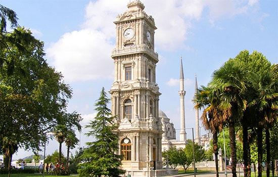 Интересные башни с часами в Турции