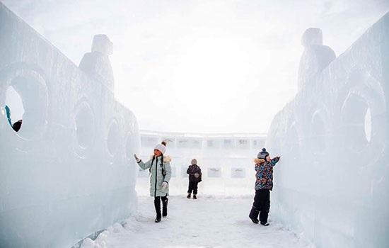 Фестиваль льда на озере Байкал