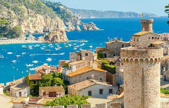 Испания устанавливает новый рекорд по количеству иностранных туристов уже шестой год подряд