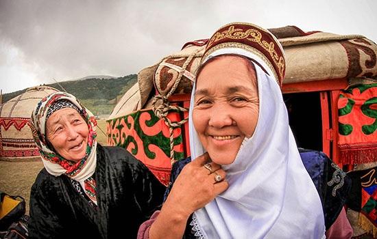 Как сделать хорошие портреты местных жителей во время путешествия? Советы по общению и съемке
