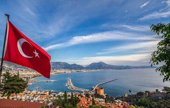 Почему россияне выбирают Турцию для отдыха и жизни?