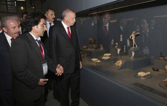 Президент Эрдоган открывает музей Трои