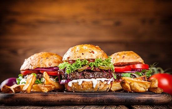 Где попробовать лучшие гамбургеры в Будапеште?