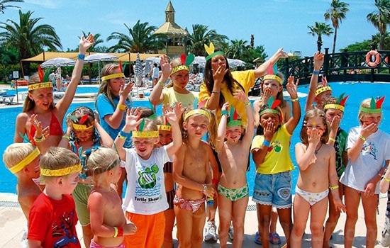 Является ли Турция хорошим выбором для отдыха с детьми?