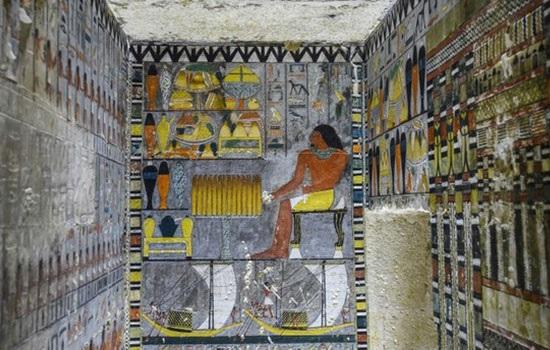 Египет обнародовал красочную гробницу пятой династии, которой правили около 4300 лет назад