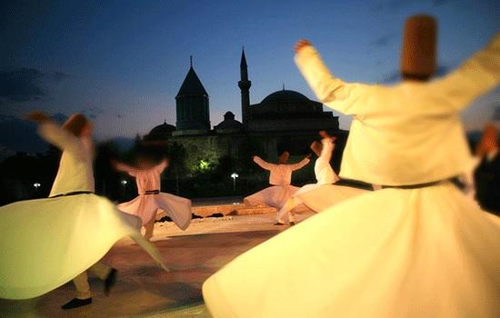 Конья — турецкий город, где духовность встречается с потрясающей архитектурой и богатой кухней