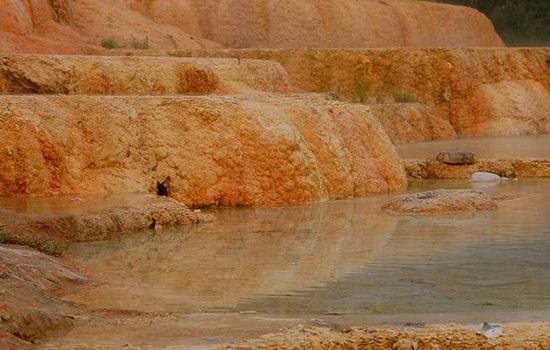 Неизвестные туристические достопримечательности Турции — адские источники в Карахаите