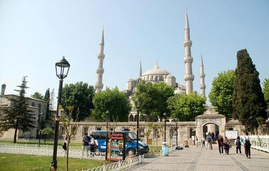Самые большие достопримечательности Турции: Голубая мечеть в Стамбуле