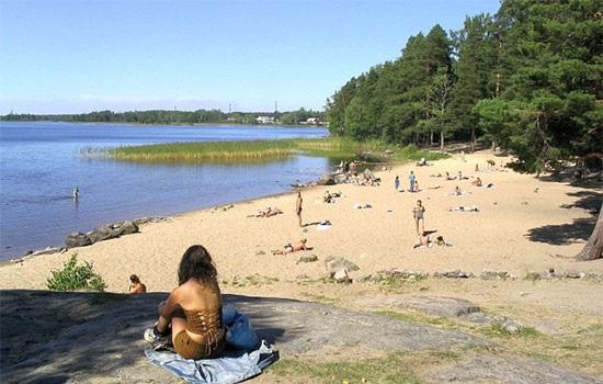 В Петербурге закрыты все пляжи для купания