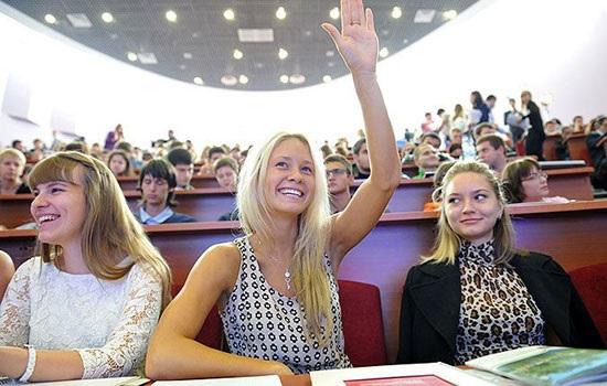 Региональные вузы России планируют сделать бесплатными