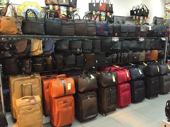 Кожаные чемоданы на колесах: ваши инвестиции в комфортные путешествия
