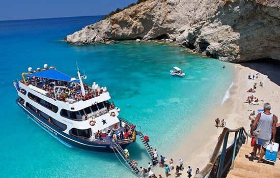 В Греции будет уменьшен налог на туризм
