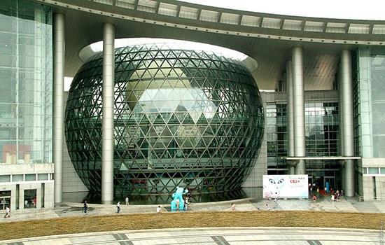 Оживленный город Китая Шанхай запускает новые городские путевки для развития туризма