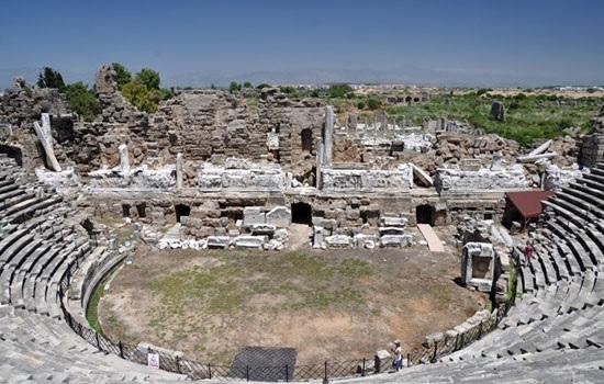 Римский театр в Сиде