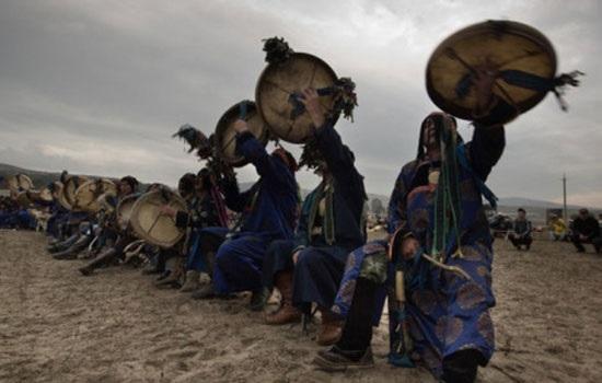 Для спасения Сибири от пожаров шаманы организовали грандиозное жертвоприношения и массовые обряды