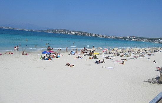 Оживленные пляжи Чешме предлагают множество вариантов отдыха