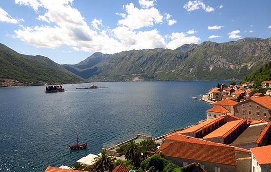 Черногория — небольшая страна, расположенная в бассейне Адриатического моря