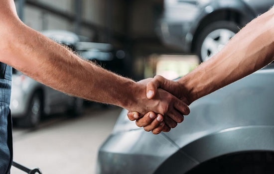 Современные водители охотно покупают автозапчасти онлайн