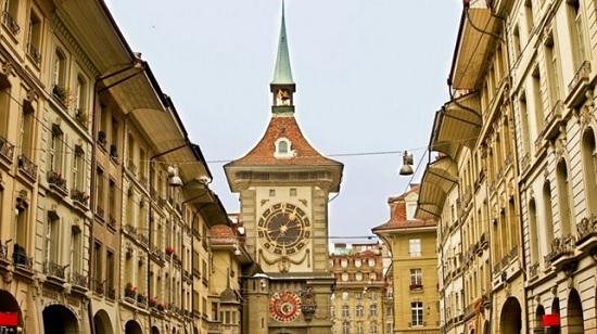Часовая башня в Швейцарии – визитная карточка Берна