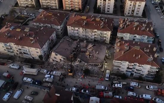 Землетрясение в Турции: число погибших возросло до 20 человек