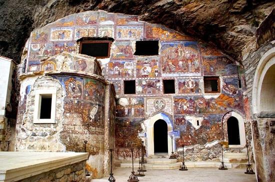 Неизведанная Турция: Монастырь Панагия Сумела близ Трабзона
