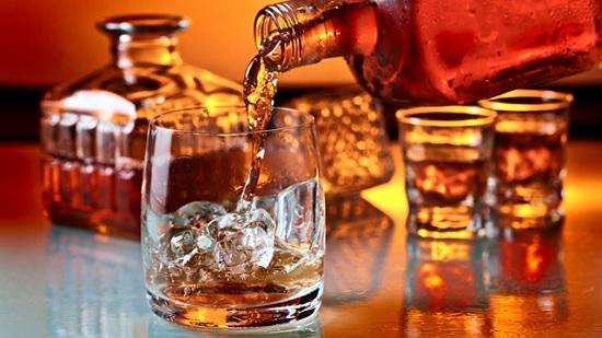 Ирландцы возрождают старинные традиции приготовления виски