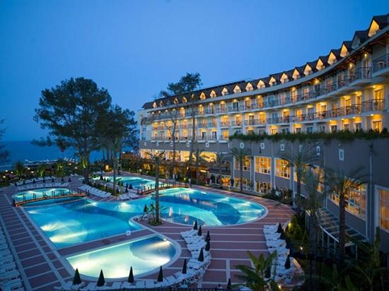 Вот зараза: отели Турции приостанавливают работу