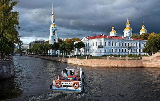 Экскурсии по каналам СПб