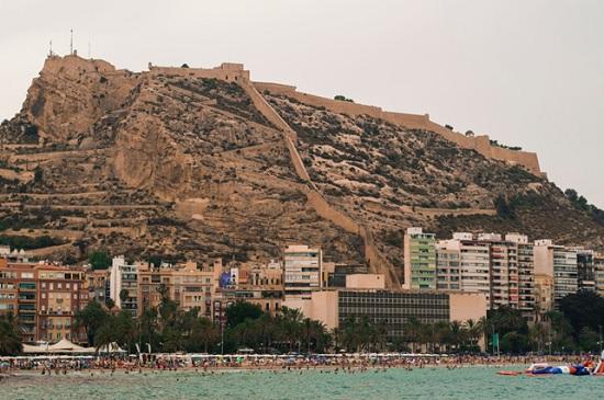 10 замечательных направлений Испании, в которые вы захотите купить билет в один конец