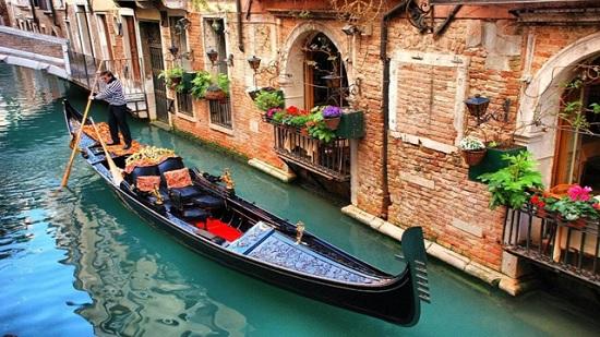 Венеция впервые перестала тонуть