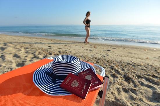Границы летом не откроются! Пляжный сезон 2020 уже не спасти