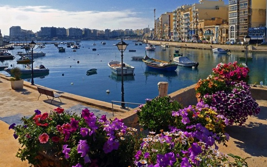 Правительство Мальты объявило об уходе пандемии «в прошлое» и объявила даты открытия международных авиарейсов