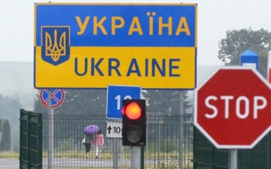 Украина вновь ограничивает въезд иностранцев