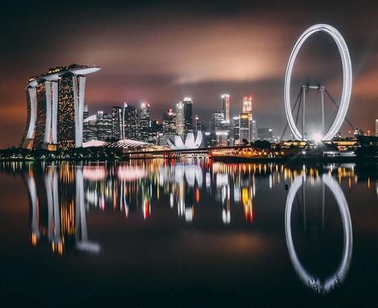 Сингапур - крупный мегаполис манит толпы туристов