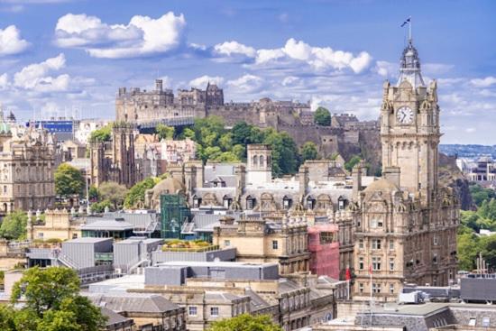 Чем заняться в Эдинбурге?