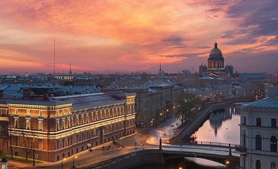 Санкт-Петербург туризму объявил локдаун – городские власти туристов пока не зовут Северную столицу России