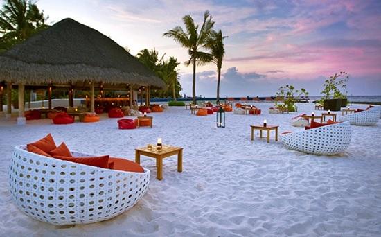 Мальдивы все в туристах – райские курорты островов бьют все рекорды по турпотоку