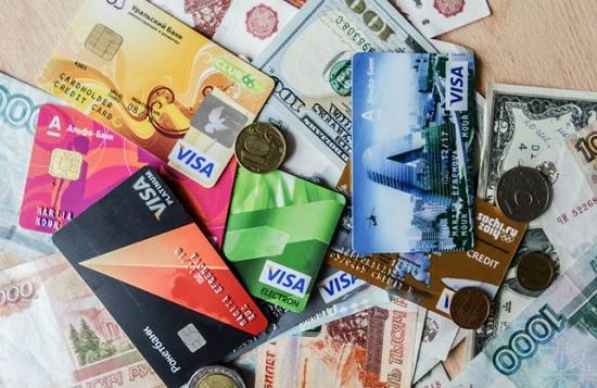 Важные вещи о деньгах, которые нужно знать перед отъездом за границу