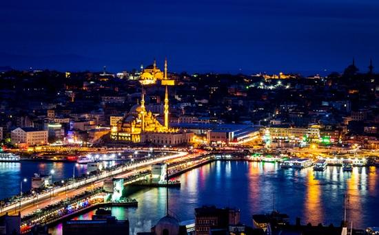 Лучшие занятия в Стамбуле ночью